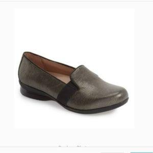 Dansko Addy Wedge Loafer - Metallic size 38
